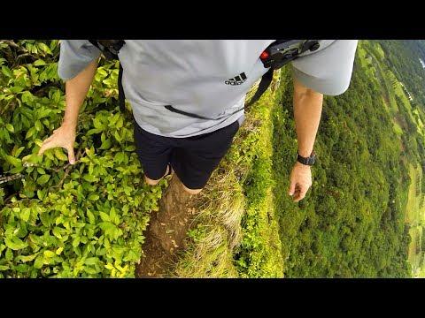 Pali Puka / Hiking in Oahu Hawaii