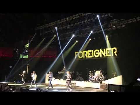 "Foreigner (Current Lineup) ""Urgent"" Mp3"
