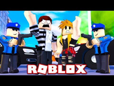 WHAT WOULD HAPPEN IF ROBLOX HAD POLICE OFFICERS? (Roblox LETS BE COPS)