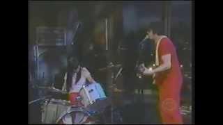 WHITE STRIPES - Craig Kilborn Show, July 17, 2001