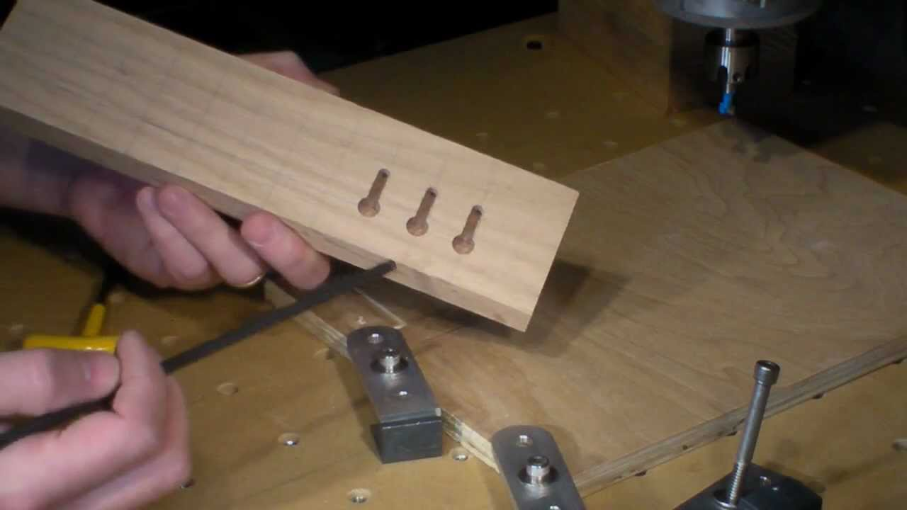 how to cut round holes in soft wood