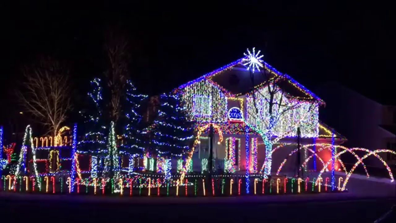 Cadger Dubstep Christmas Light Show 2015 - THX Remix Intro - YouTube