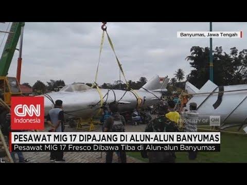 Pesawat Tempur MIG17 Menghiasi Alun-Alun Banyumas