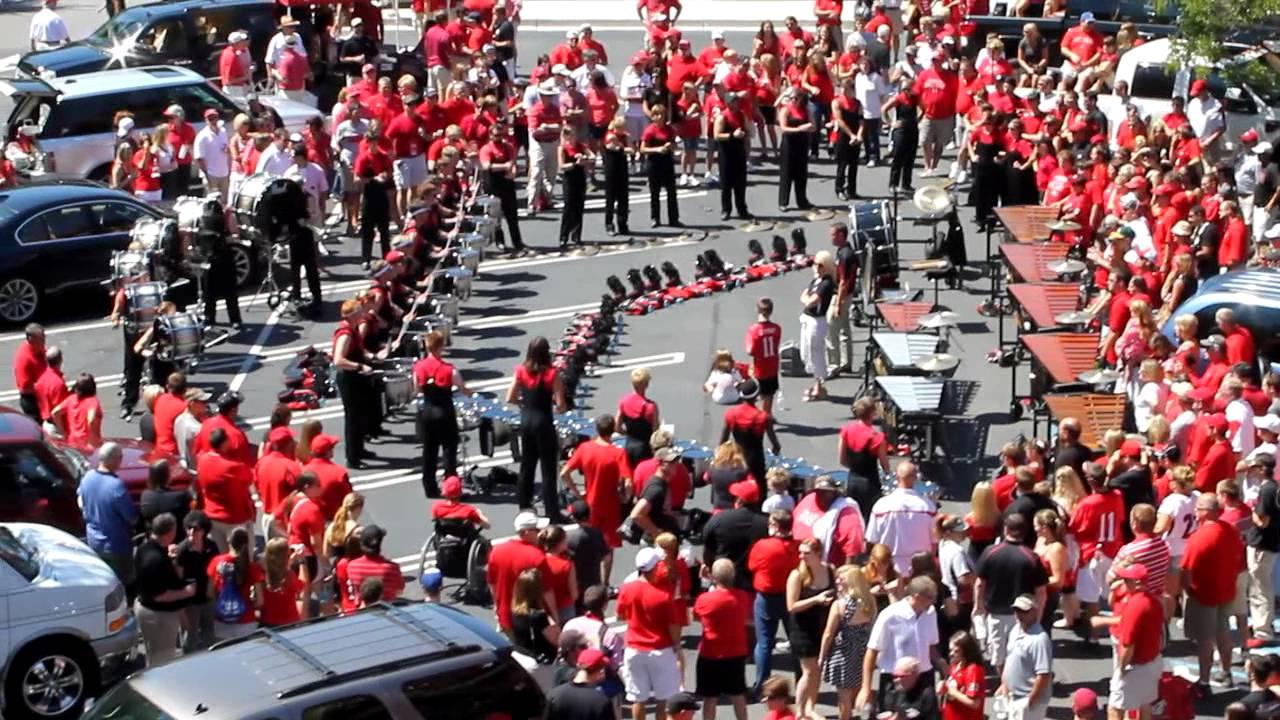 UGA Redcoat Band Drumline warm up - YouTube