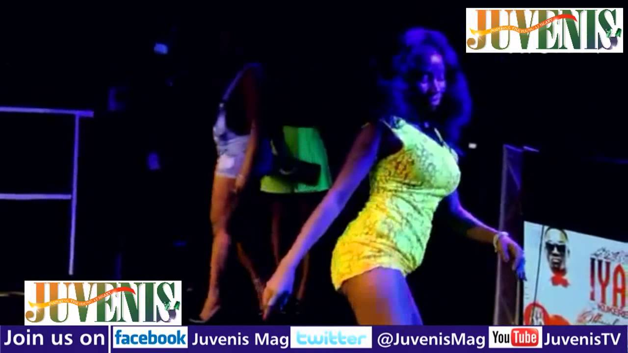 GIRL DANCES HALF NAKED AT IYANYA'S KUKERE CONCERT (Nigerian Music & Entertainment)