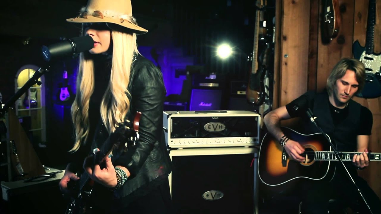 "Orianthi ""How do you Sleep""  At: Guitar Center"