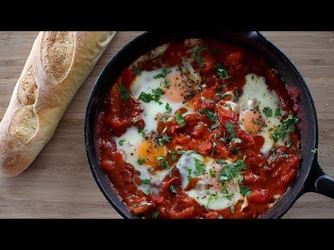 Shakshuka Recipe | Spicy Tomato Baked Eggs