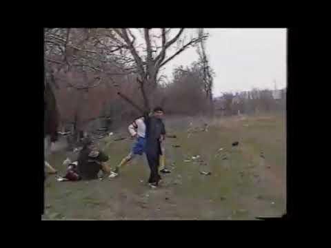 г.Хасавюрт пос.Мичурина, средняя Школа 11, 2005 год. ФК ДАЙМОХК проводит тренеровку.