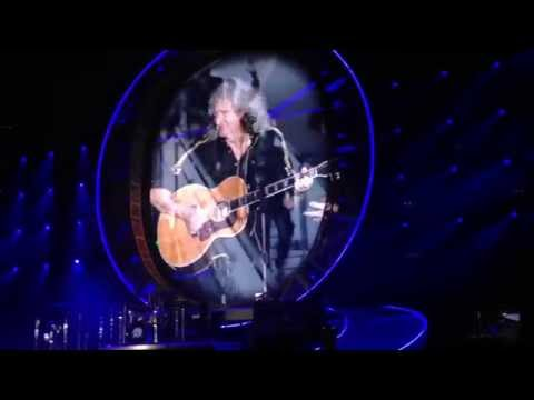 "Queen + Adam Lambert Stuttgart 2015 ""Let's do it for Freddie"" Love of my Life, 39"