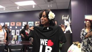 We Love LB - Niecy Nash shout out!