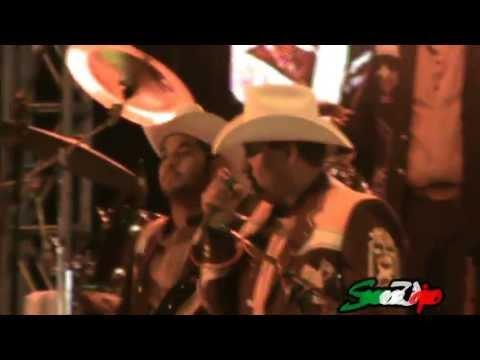 La barra de mi vieja cantina -Laberinto -La Mejor 98.5 FM -ExpoGan 2013