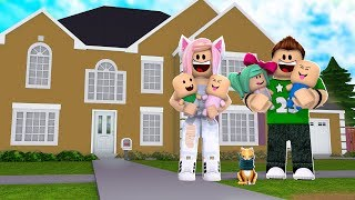 NEW HOUSE FOR MY NEW FAMILY ? Roblox Roleplay
