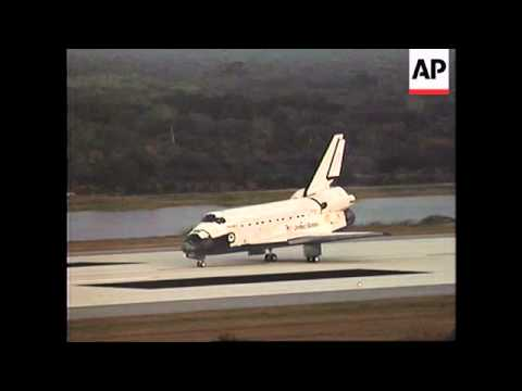 USA:  DISCOVERY SHUTTLE RETURNS TO EARTH