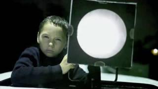 Massive Attack - Paradise Circus feat. Hope Sandova new video (unofficial)