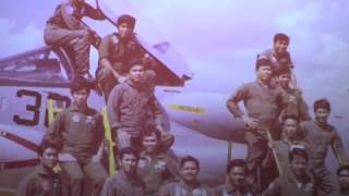 FLASHBACK     OUR F   8 H TRAINING IN DALLAS , TEXAS AND IN BASA AIR BASE
