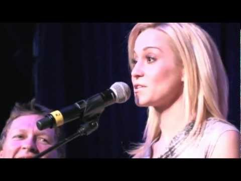 "Kat Country Jam - Kellie Pickler, ""Best Days of Your Life"""
