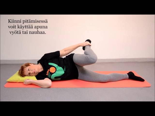video 4 Etureiden venytys seisten tai makuulla