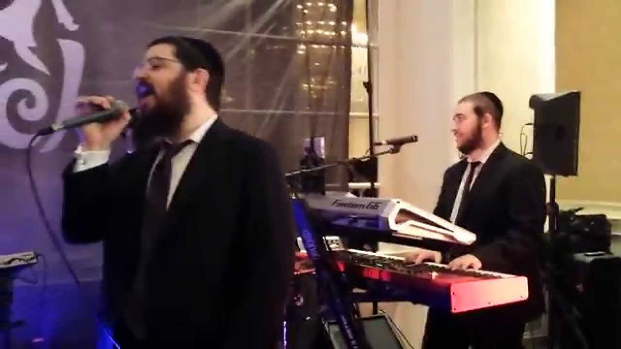 Benny Friedman singing Yesh Tikva with Freilach Orchestra