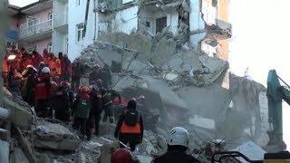 Число жертв землетрясения в Турции достигло 22 человек