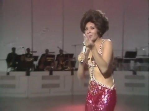 SHIRLEY BASSEY 1971 Big Spender (Show TV)