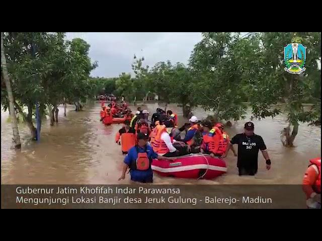 Gubernur Khofifah Tinjau Lokasi Banjir Madiun