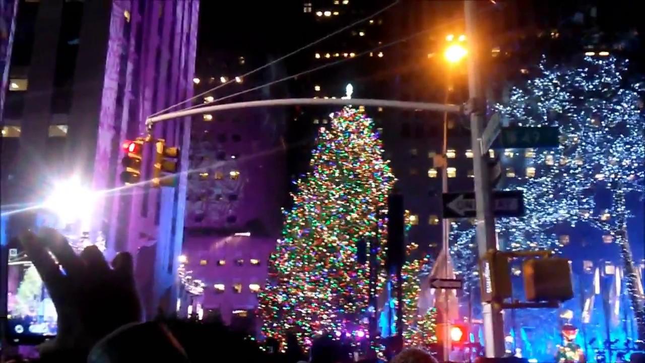 Christmas Tree Lightning 2013