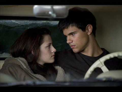 new moon dvd release date new moon dvd is available for