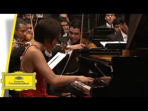 Yuja Wang - Piano Concerto No. 2 - Prokofiev - Dudamel (Official Video)