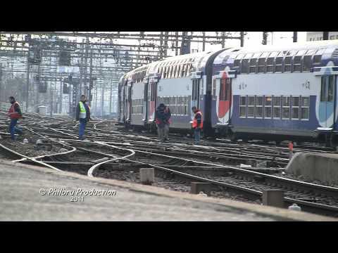 Trafic ferroviaire à la gare de Lyon à Paris. Rail traffic to the Gare de Lyon in Paris