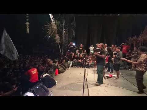Joni Agung & Double T - Aku Adalah Aku ( live hut mengwi ) ricuh di menit akhir