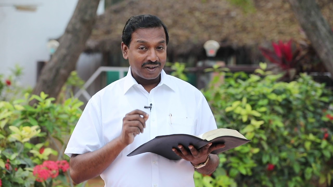 """ Walk With JESUS "" - 2 Cor 10:18 - Bro.Mohan C.Lazarus #1_Min #bible_devotion #walk8"