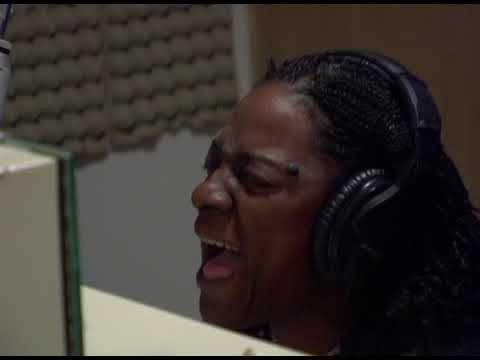 "Sharon Jones & the Dap-Kings ""Call on God"" (OFFICIAL VIDEO)"