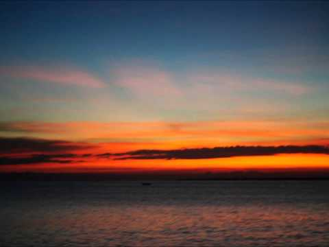 Cap - Haitien Haiti : Le lever du soleil.
