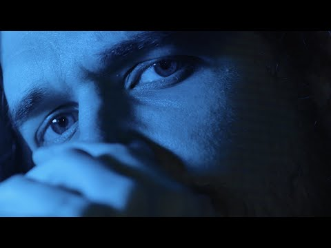 Inside de Bo Burnham: alienación sarcástica del confinamiento