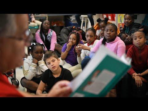 Read Across America from YouTube · Duration:  31 seconds