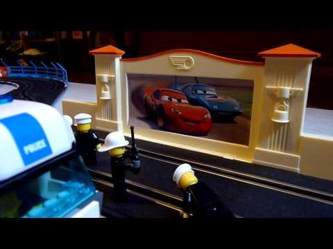 Circuit Carrera Cars filmé avec APN Panasonic FZ38