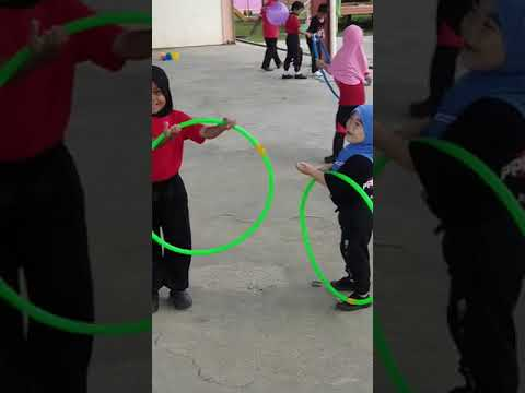 The Dave Ryan Show - Watch the Most Adorable Hula Hoop Fail Ever
