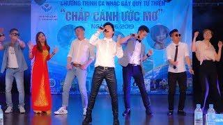 Ca Sỹ Bằng Cường sôi động cùng khán giả tại Hàn Quốc