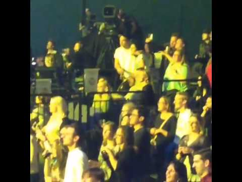 Fan Video of Rob Pattinson at Katy Perry's Concert 5.27.14