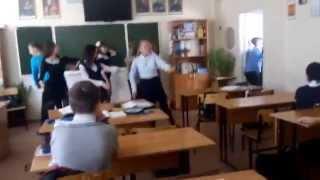 День учителя смотреть всем ржака на уроке русского языка.
