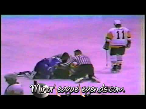 Oct 13, 1989 Mark Lamb vs Brad Aitken Phoenix Roadrunners vs Muskegon Lumberjacks IHL