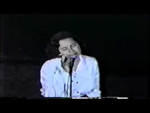 10,000 Maniacs - Jezebel (1992) Carnegie Hall, NY mp3