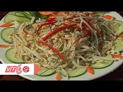 Lạ mà ngon với món gỏi củ chuối miền Trung | VTC