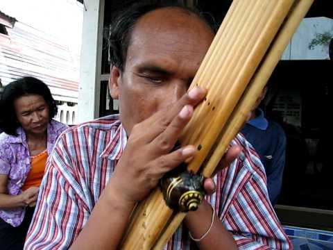 Khaen master Sombat Simlah playing Lam Sing