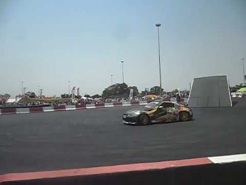 two Nissan 350Zs drifting at the Johannesburg motor show