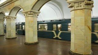 Метро в Москве. The Classic Metro System in Moscow, Russia 2016