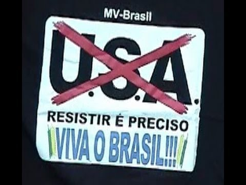 Brazil: Anti-USA Signs, Unmotivated Window Washer (Flashback to USSR!) Seen By Former Soviet Citizen