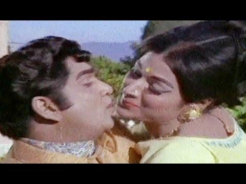 Koduku Kodalu Songs - Nuvvu Nenu - ANR - Vanisri - Lakshmi