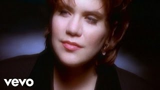 Watch Alison Krauss When You Say Nothing At All video