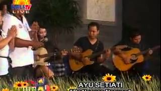 Download Ayu Setiati & Band - De Ngawag-Ngawag (Live Acoustic Version) MP3 song and Music Video